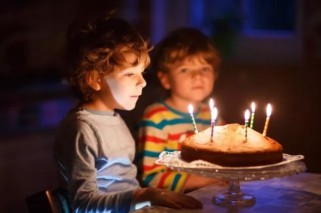 杭州10岁男孩面粉过敏,至今没吃过蛋糕!-